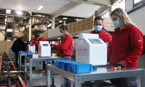 La companyia MAM fabrica respiradors dissenyats per GPAInnova